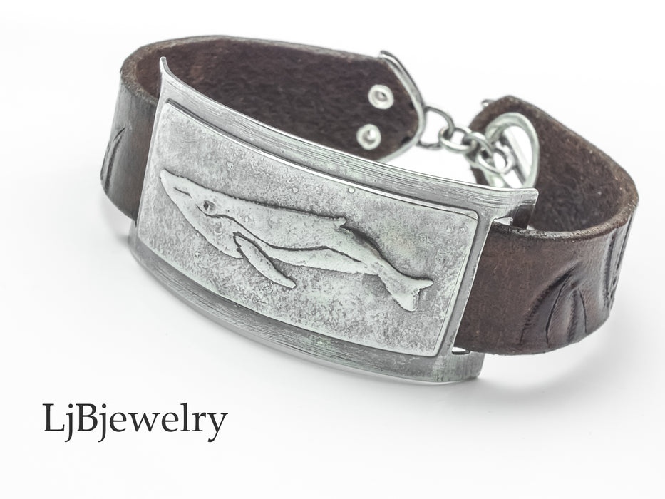 leather bracelet with silver whale slider
