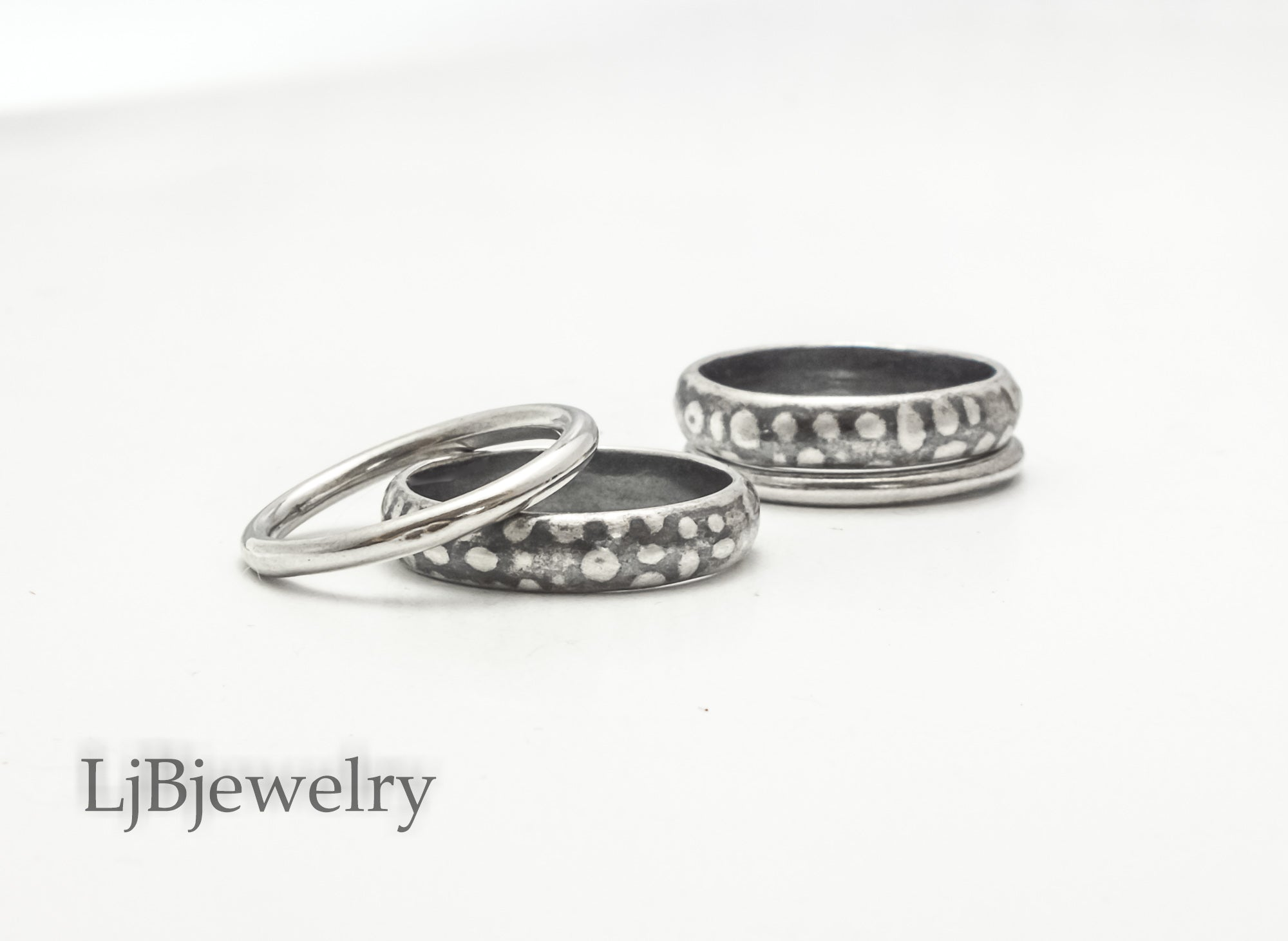sterling silver spotted stacking ring