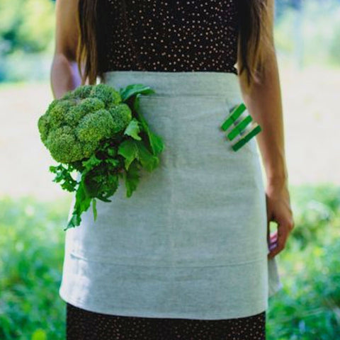 The Hemp Organic Life Half Apron with Pockets from Evolution Mine