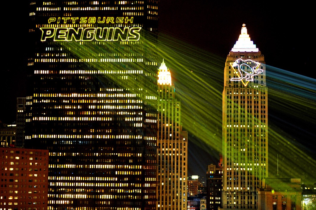 Pittsburg-Penguins Stanley Cup 2016 NHL hockey more laser beams on ice in stadium