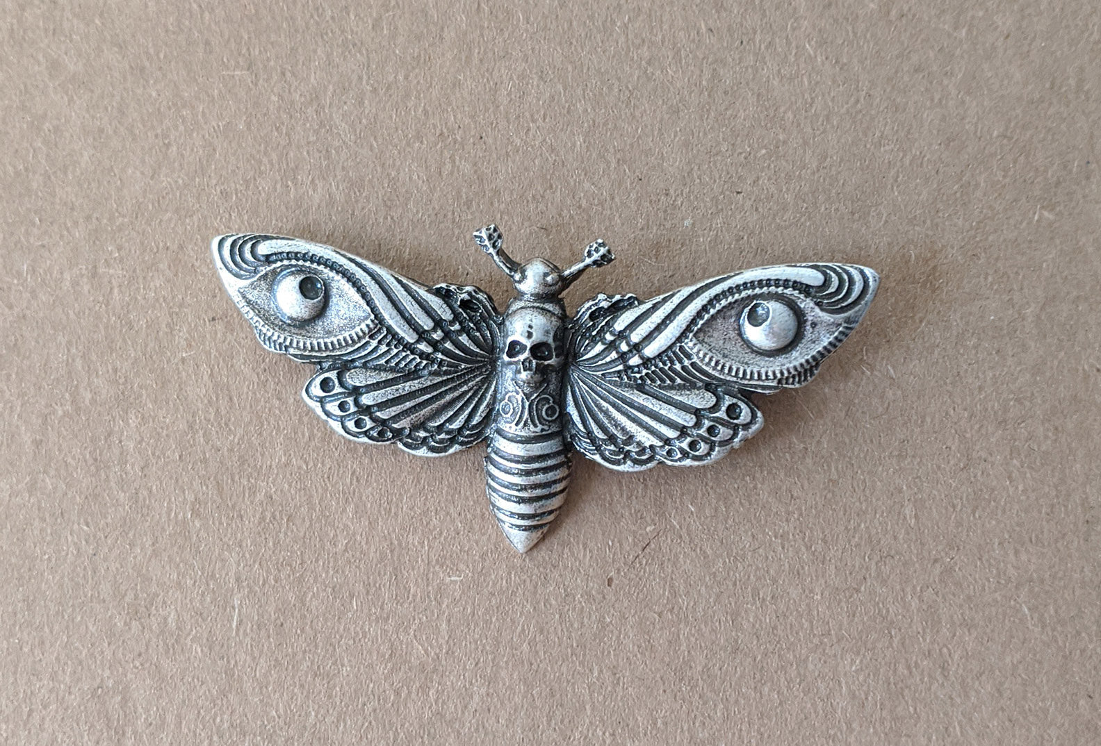 """Riella"" <br>Death Head Moth Brooch"