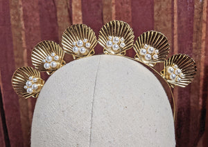 """Shelby"" Shells and Pearls Gold-tone Tiara"