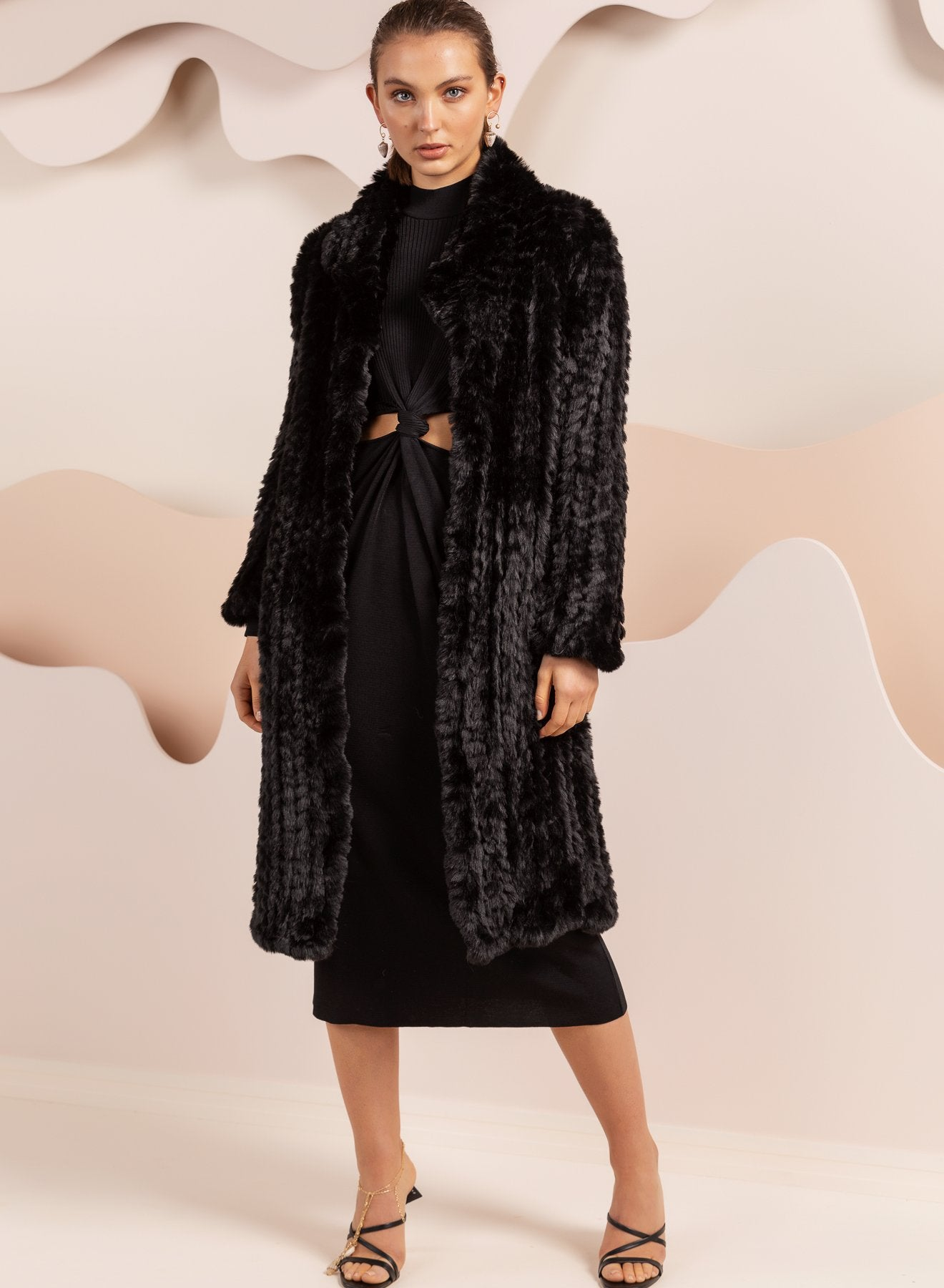 Faux Fur Oxford Black Coat