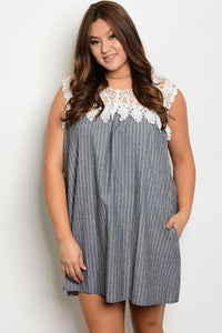 Plus size lace details crew neckline dress