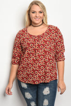 Plus size floral print scoop neck top with 3/4 sleeves