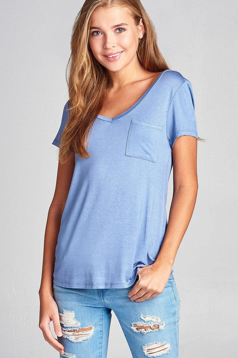 Ladies fashion short sleeve v-neck top w/ pocket