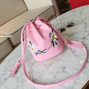 Xiniu women bag summer 2017 Tassels Bucket Bag women messenger bag small leather handbag DROPSHIPPING#6M