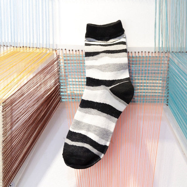 Men's Wavy Stripe Novelty Socks - 5 pair
