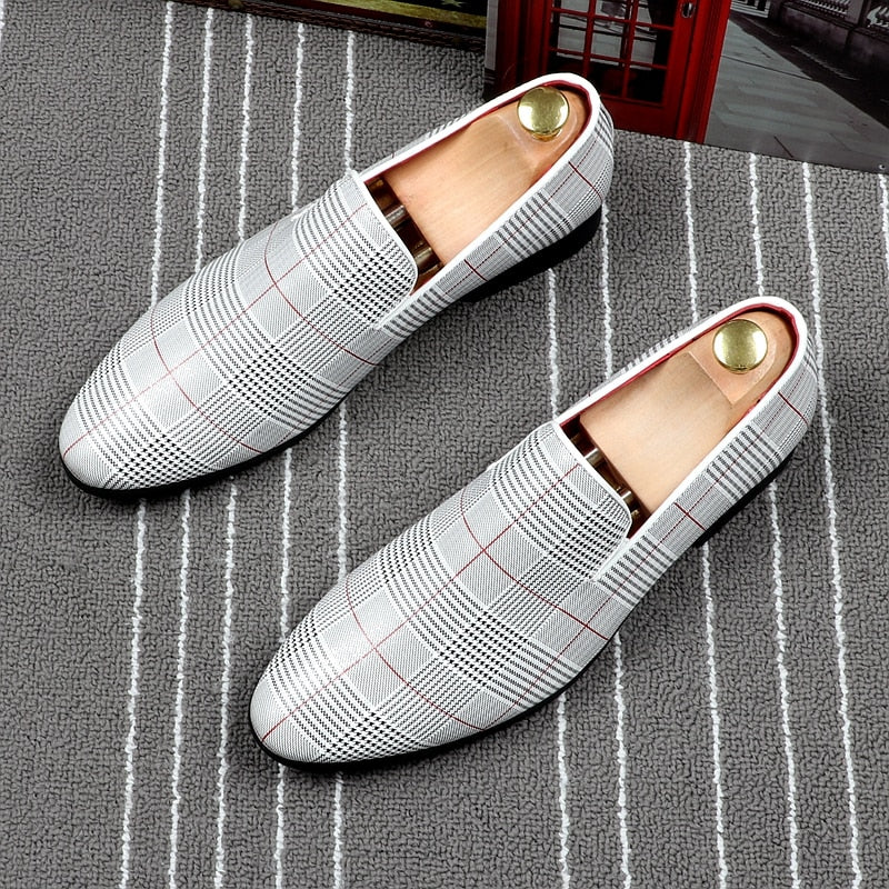 CuddlyIIPanda Pointed Toe Loafers