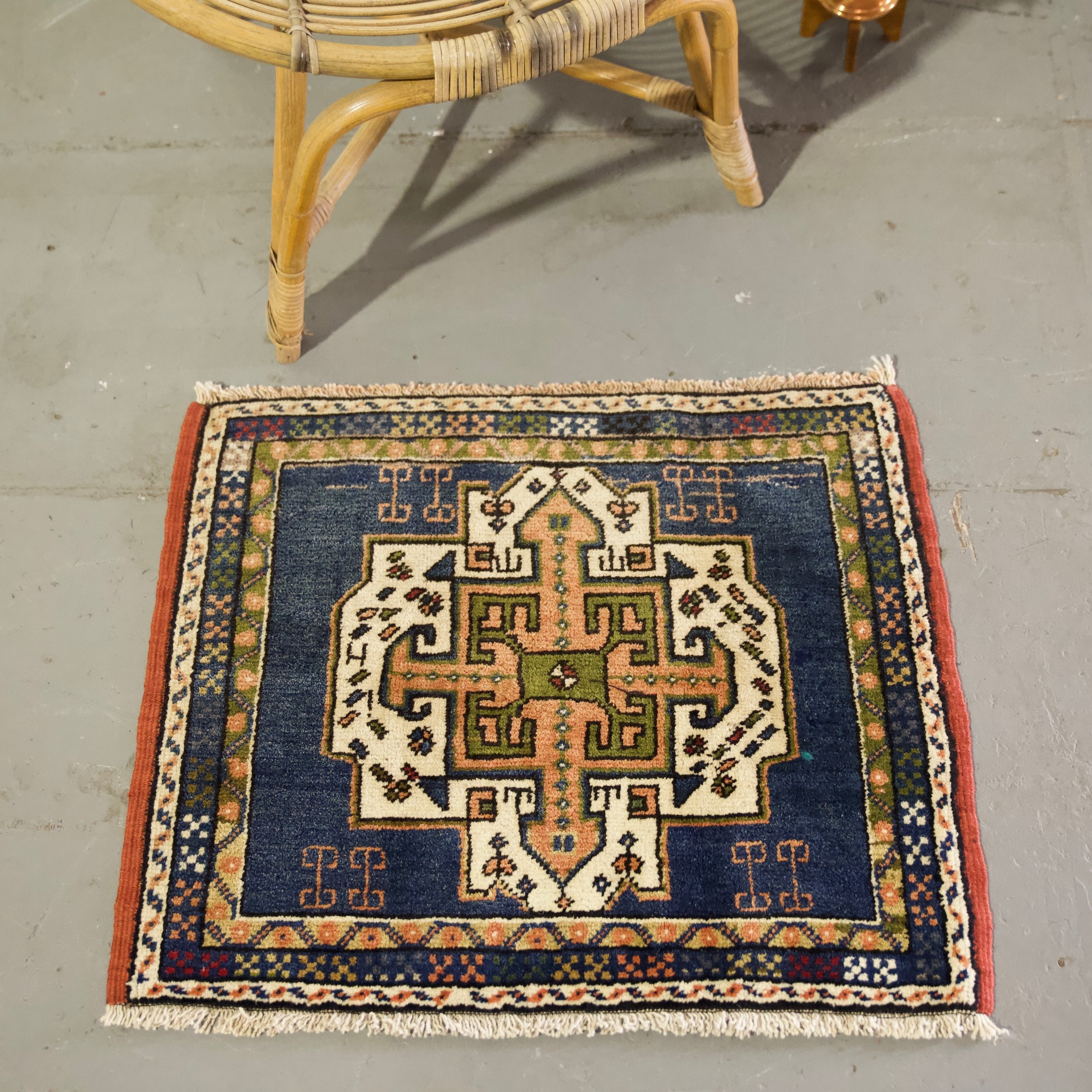 vintage-mini-turkish-rug-23x275