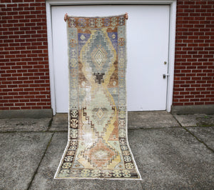 vintage-faded-anatolian-turkish-rug-runner