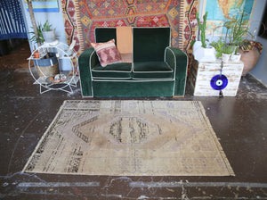 old-faded-anatolian-turkish-rug-311ftx57ft