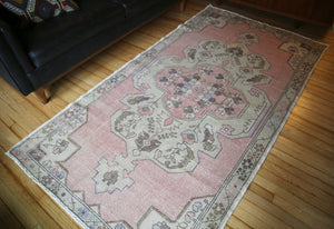 vintage-faded-anatolian-turkish-rug-1