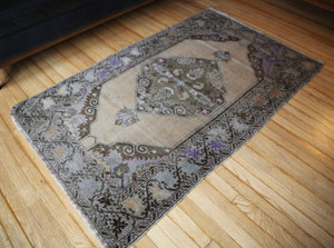 semi-antique-faded-anatolian-turkish-rug