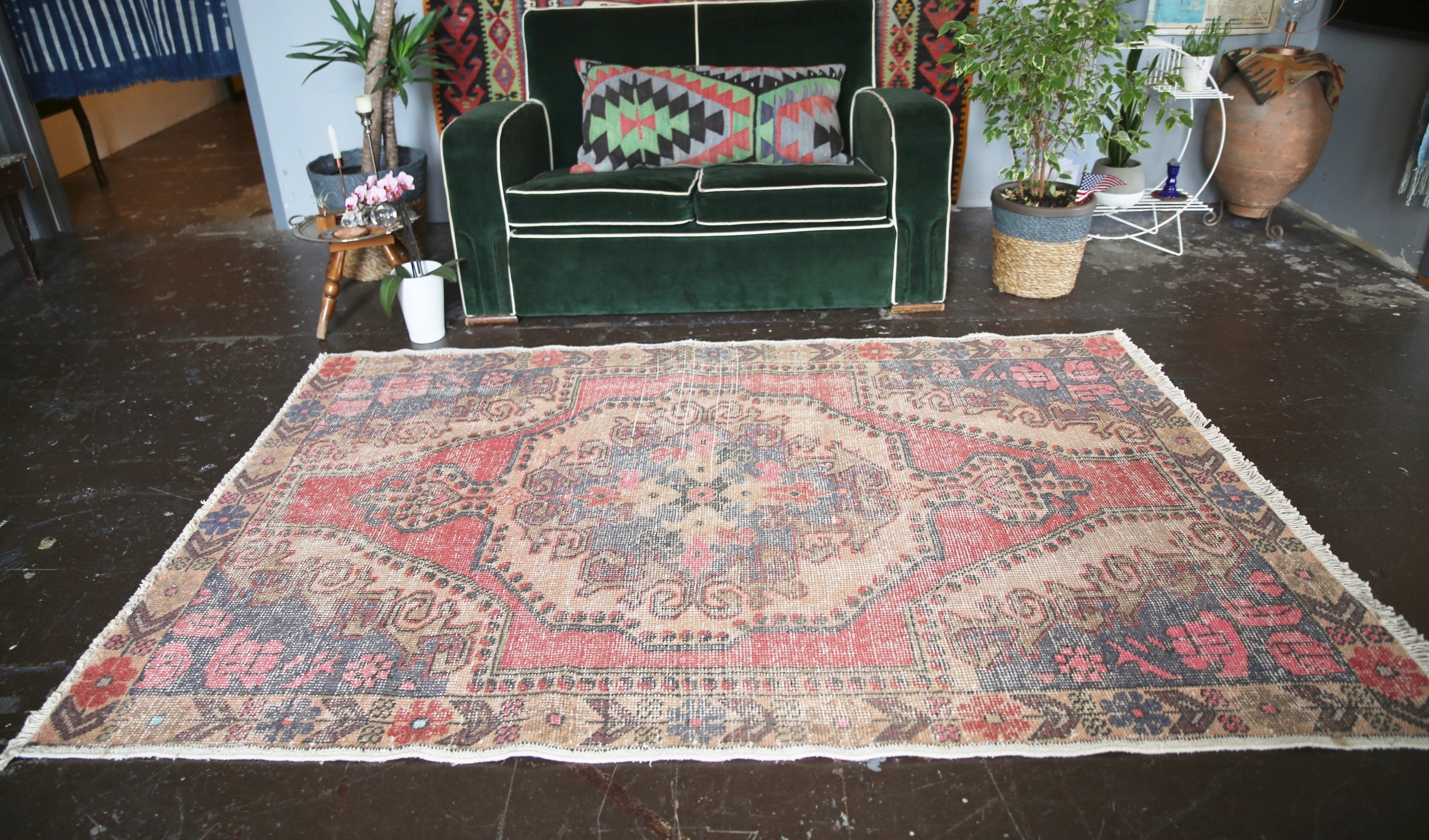 vintage-faded-anatolian-turkish-rug-45ftx72ft
