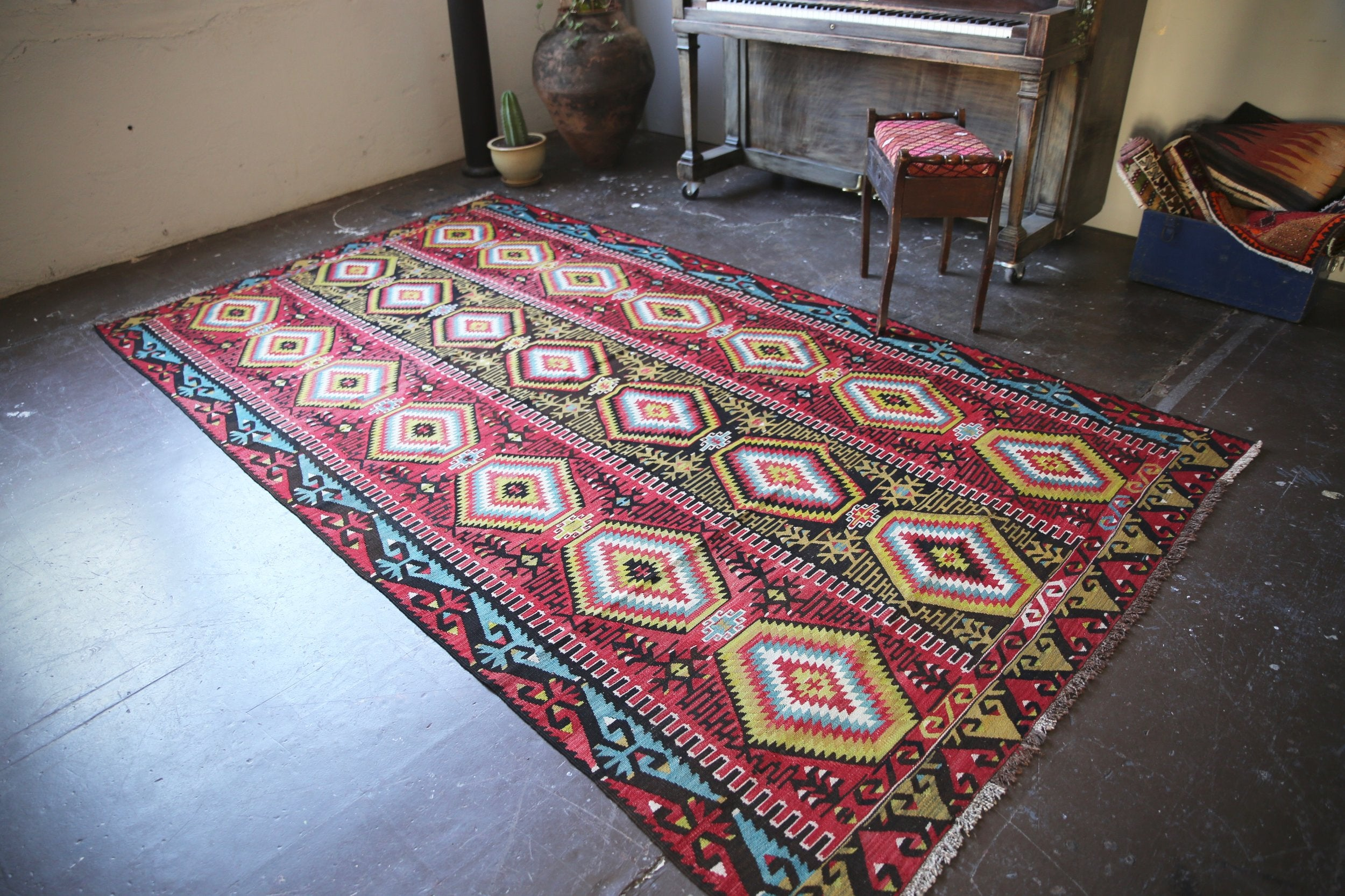 old-ushak-esme-kilim-6ftx107ft