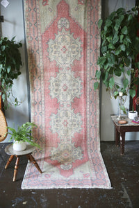 vintage-turkish-faded-anatolian-runner-rug-3ftx96ft