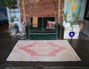 vintage-faded-anatolian-turkish-rug-38ftx61ft