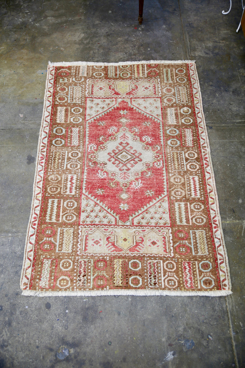 vintage-faded-anatolian-kirsehir-rug-inspired-by-the-transylvanian-style-34x52ft