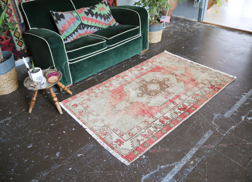 Vintage Faded Anatolian Rug 3.2ftx5.2ft