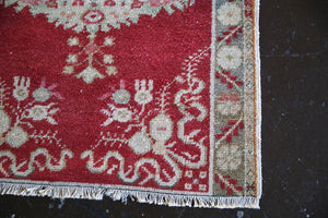 Vintage Faded Anatolian Rug 2.9ftx4.11ft