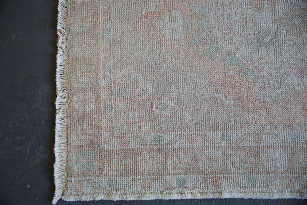 Vintage Turkish Faded Anatolian Runner Rug 3ftx9.5ft