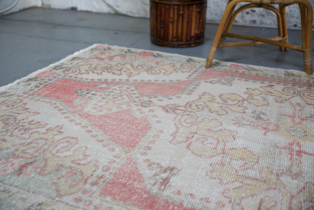 Vintage Turkish Faded Anatolian Rug 4.5ftx8ft