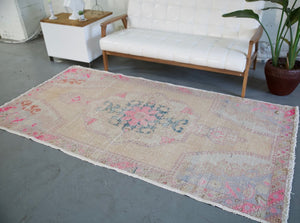 Vintage Turkish Faded Anatolian Rug 4.3ftx8.1ft