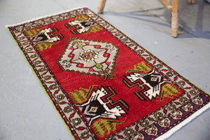 "Vintage Mini Turkish Rug 20""x39"""