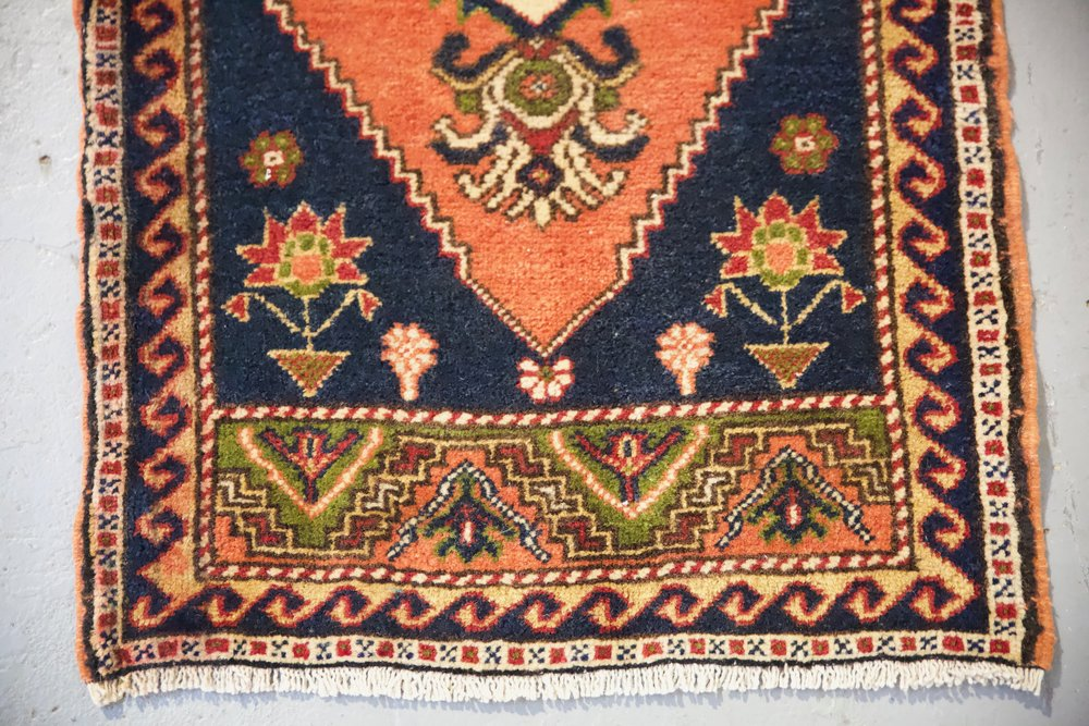 "Vintage Mini Turkish Rug 21.5""x46"""