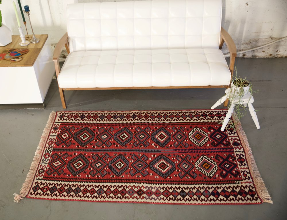 Old Van Kilim 3.3ftx5.6ft