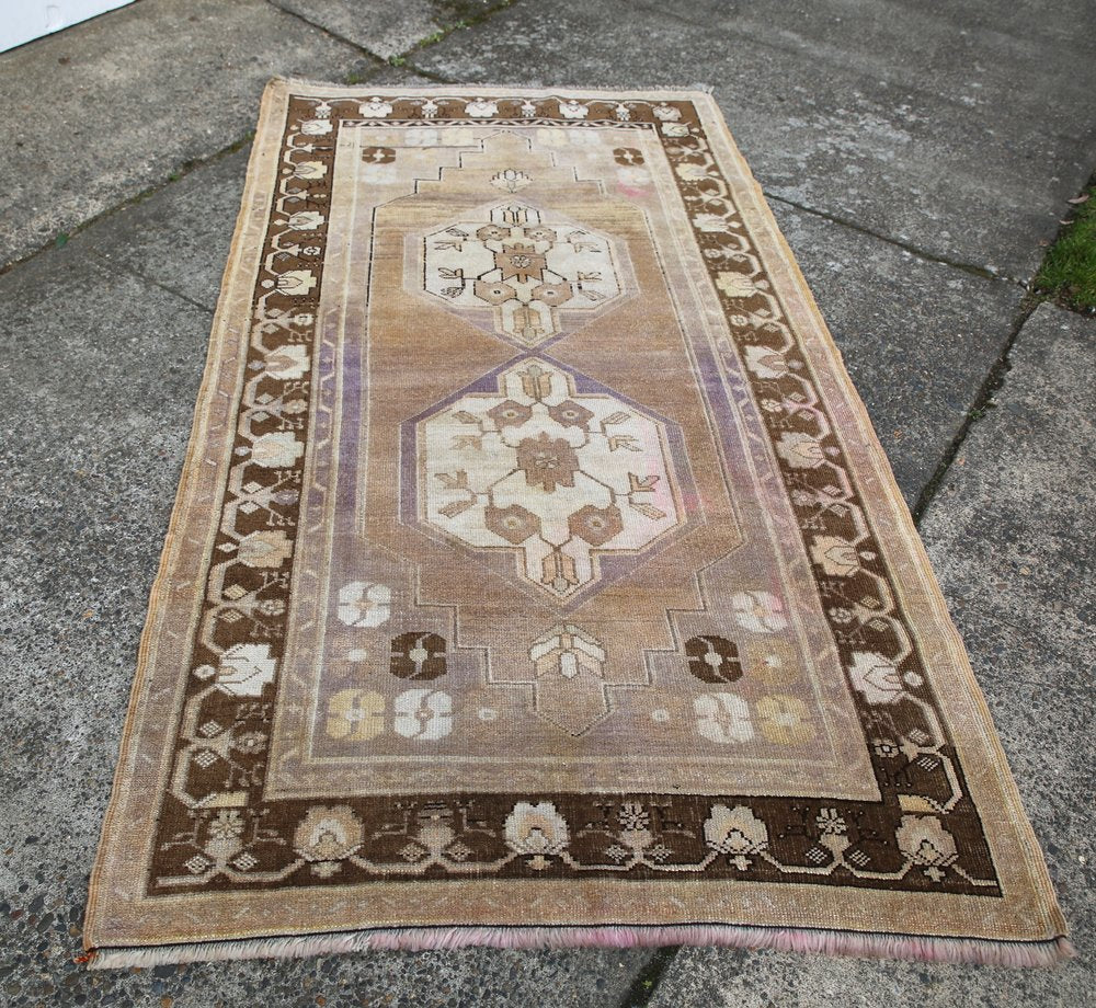 Vintage Faded Anatolian Turkish Rug 4ftx7.7ft