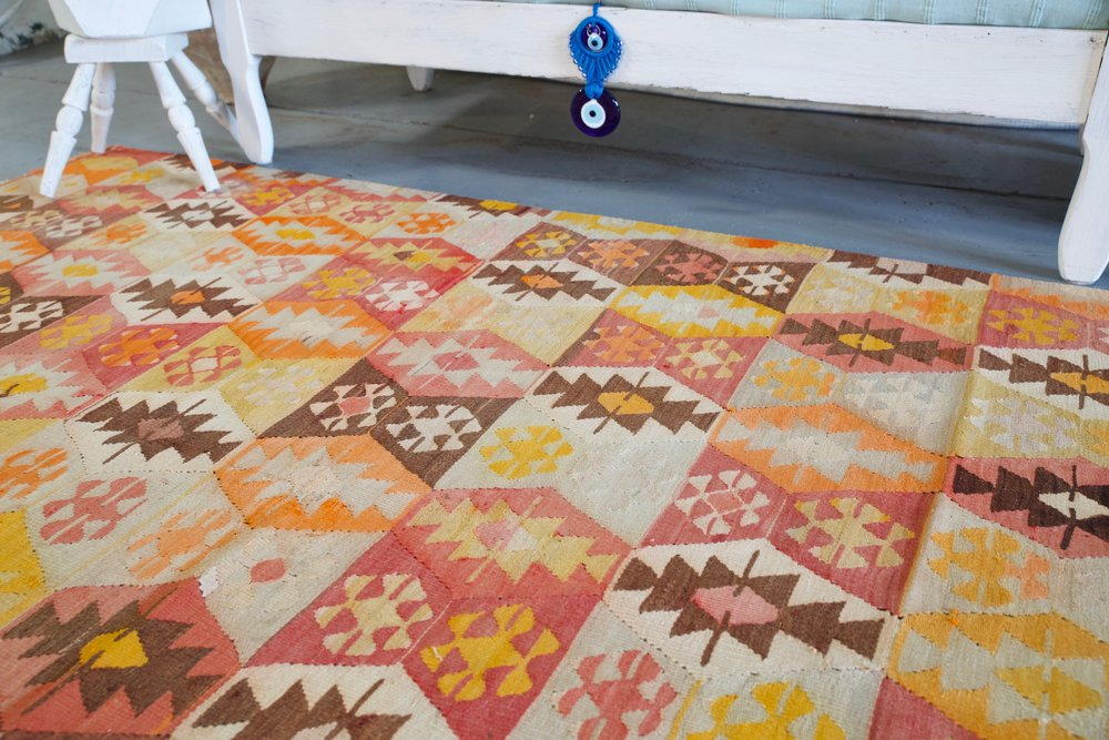 Old Denizli Tavas Kilim 5.6ftx7.9ft