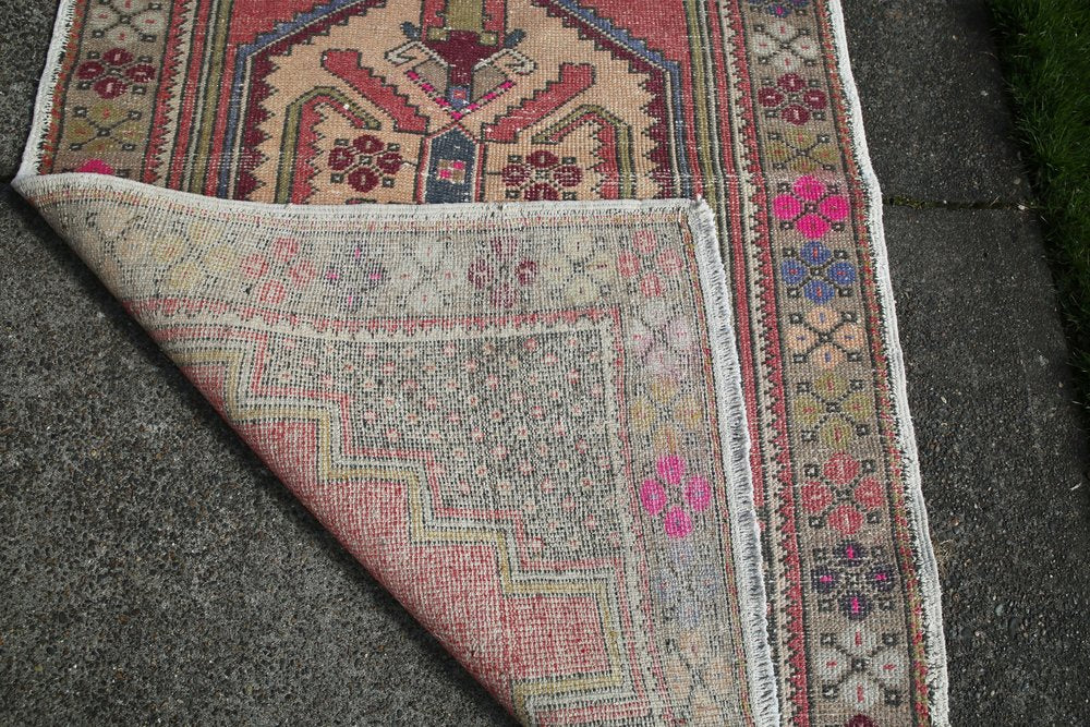 Vintage Faded Anatolian Rug 3.10ftx6.6ft