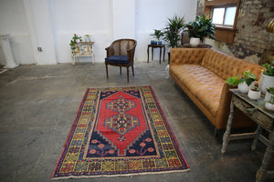 Vintage Faded Anatolian Turkish Rug 4.5ftx7.2ft