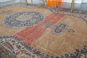 Vintage Turkish Isparta Rug 6.10ftx10.7ft