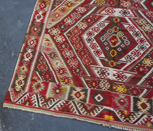 Semi-Antique Turkish Nigde Kilim Rug *EXCLUSIVE*