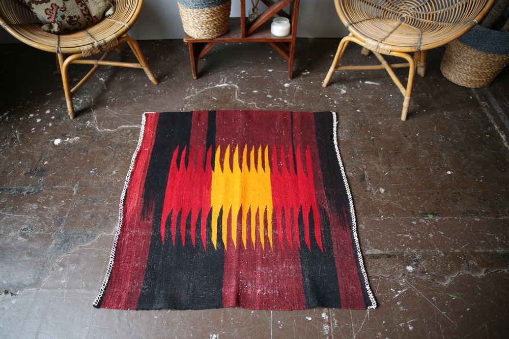 Old Mini Milas Kilim 3.3ftx3.2ft