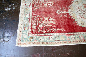 Vintage Southern Anatolian Faded Turkish rug 3.5ftx7.7ft