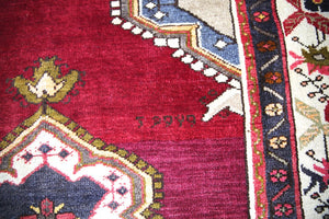 Old Kayseri Rug 4.5ft x 6ft