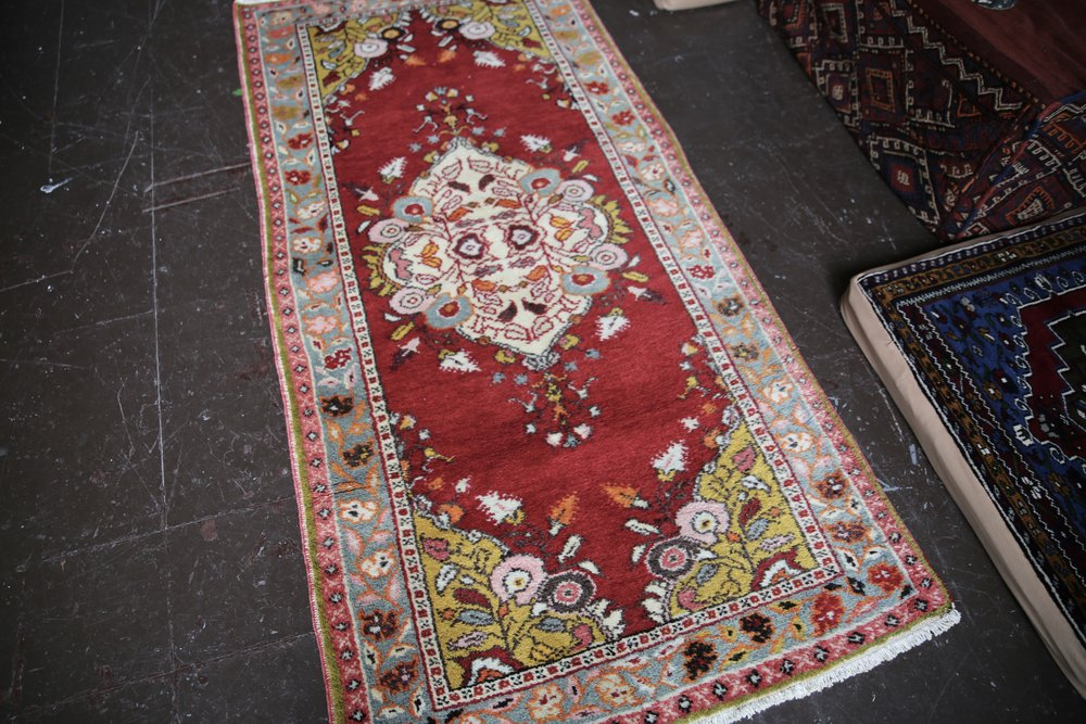 Vintage Turkish Southern Anatolian Rug 3.2ftx6.6ft