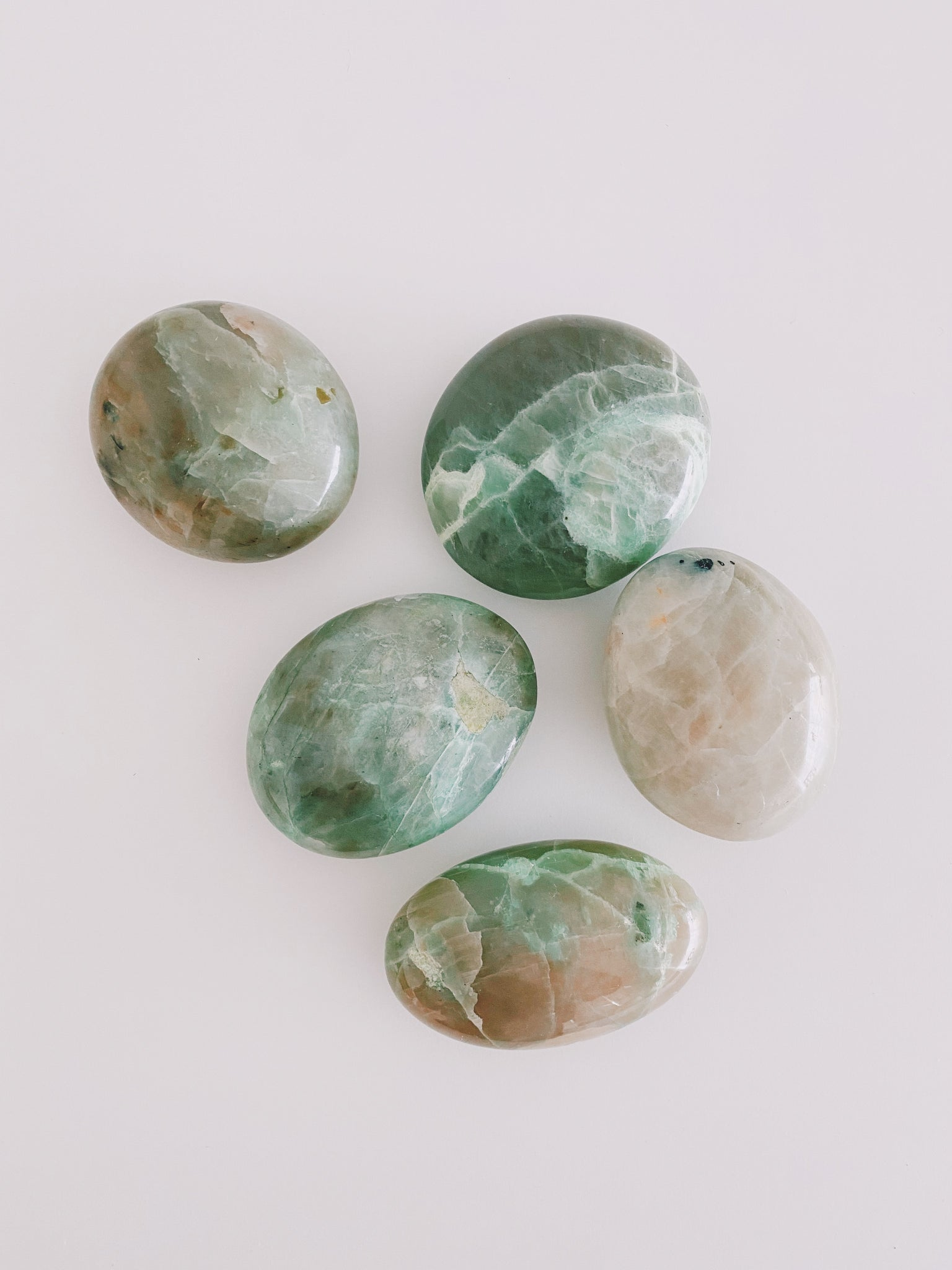 GREEN MOONSTONE PALM STONE