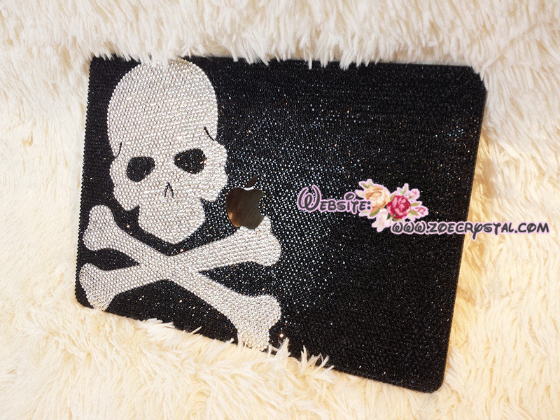 Bling and Stylish MACBOOK Pro / Air / Retina  Black Crystal CASE with Skull