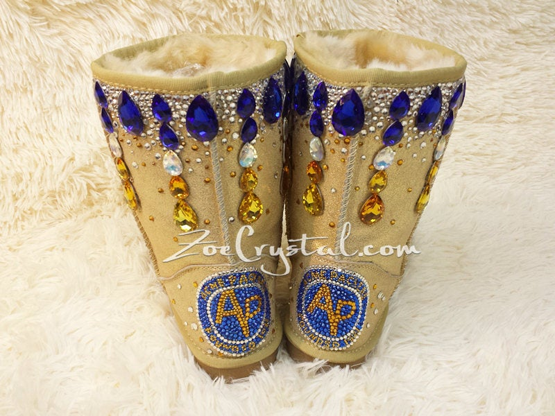 New**Footballer Style Gold Winter White Sheepskin Fleech/Wool Boots
