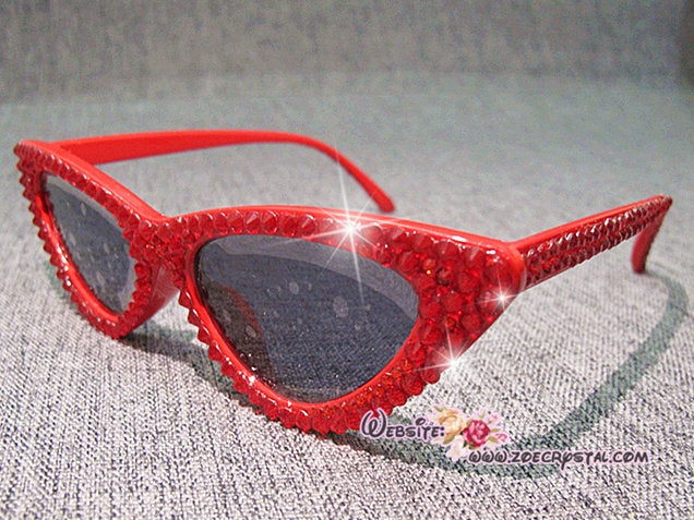 HOLLYWOOD Fashion Cat Eye Sunglasses / Shades / Sunnies w Red Bling Sparkly Bedazzled Rhinestones Festival Rockabilly Retro Pin Up