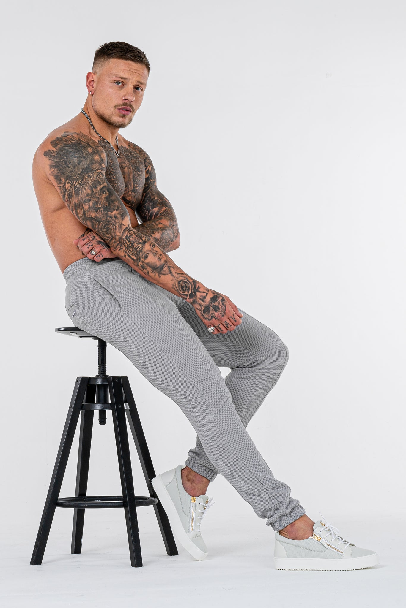 THE CAZA TROUSERS - MARL GREY