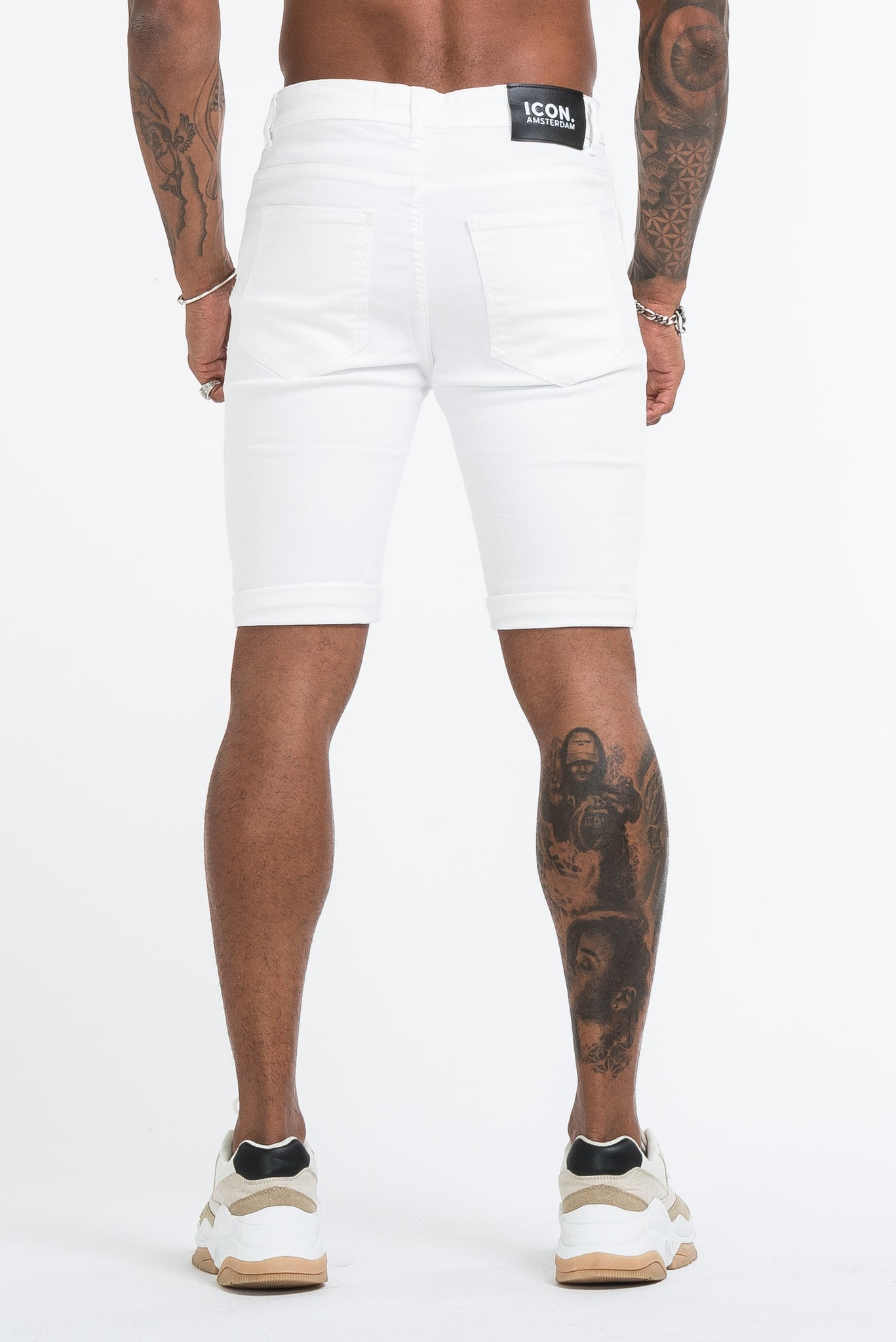 THE SAINT SHORTS - WHITE