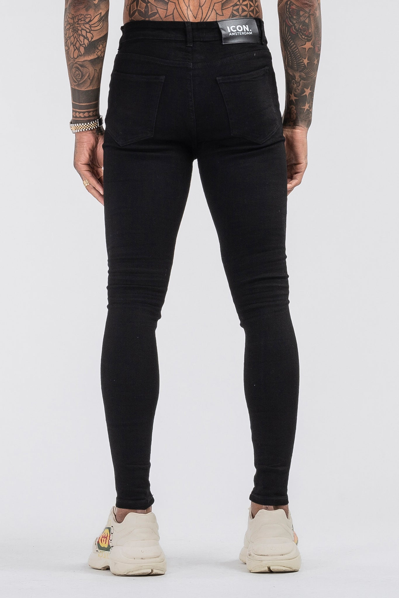 THE LORENZO JEANS - BLACK
