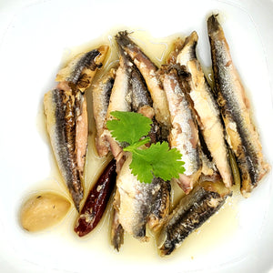 橄欖油浸蒜香辣鳀魚 Anchovy with Garlic and Cayenne Pepper in Olive Oil 190g