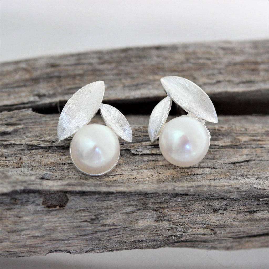 Sterling Silver 925 Bridal 7mm Fresh Water Pearl Matt Leaf Stud Drop Earrings